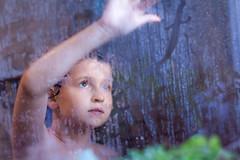 Niebla - Mist (Nathalie Le Bris) Tags: mist shower drops child drawing dessin gotas ducha dibujo enfant nio niebla douche brume gouttes routines rutinas