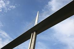 Millau.04 (georges.loustale) Tags: bridge ciel pont millau pilier