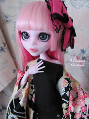 Hinami (Lunis's Dollhouse) Tags: pink monster hair japanese carved high eyes inch punk acrylic gothic harajuku customized 17 kimono bjd custom modded draculaura