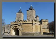 Metz (Lorraine, France) - Porte des Allemands (p_jp55 (Jean-Paul)) Tags: france castle frankreich lorraine metz burg saarlorlux portedesallemands chteaufort lothringen deutschestor