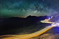 合歡山松雪樓~車軌銀河~ Milkyway (Shang-fu Dai) Tags: landscape nikon taiwan 南投 galaxy formosa 台灣 天空 milkyway 合歡山 仁愛 hehuan 星空 戶外 銀河 車軌 松雪樓 3416m afs1635mm d800e