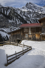 Gimmelwald Cabin (Robert Moranelli) Tags: switzerland bern lauterbrunnen ch