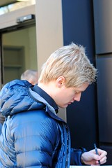 Neil Robertson in for the morning session (zawtowers) Tags: world from door outside championship theatre stage sheffield under australian machine first neil melbourne down player round tuesday april fans players thunder snooker entering 19th robertson crucible 2016 betfred thehomeofsnooker