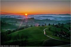 Emmental, Sunset (Hanspeter Ryser) Tags: swiss tourist sonne swizerland emmental eriswil landschft sonnenuntergan sunsetbern
