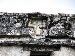 "Les ruines mayas de Tulum <a style=""margin-left:10px; font-size:0.8em;"" href=""http://www.flickr.com/photos/127723101@N04/26053804495/"" target=""_blank"">@flickr</a>"