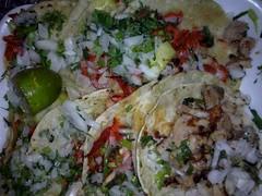 T a c o s ! (mayavilla) Tags: mexico comida tacos desayuno cena alpastor diadeltaco contodo yamediohambre salsaaparte