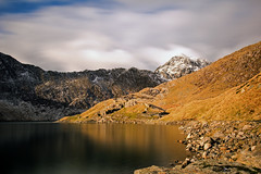 Abandoned Mine @ Llyn Llydaw (EVO GT) Tags: mountain lake mountains reflection wales canon reflections landscape snowdon mountainside snowdonia northwales llynllydaw minerstrack ndfilter neutraldensityfilter canon600d sigma1020mmf35exdchsm llynteryn canon600deos