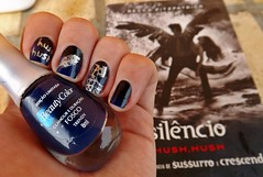 Abril literário + Desafio das séries #10 (Raíssa S. (:) Tags: blue azul preto nails nailpolish unhas nailart prata fosco naillacquer realce cremoso cintilante beautycolor ludurana desafiodasséries abrilliterário