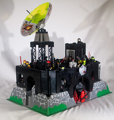 Red Eye Fortress Left 3:4 (EliteGuard01) Tags: tower starwars lego ninja space pirates evil modular darth guns sciencefiction fortress sith darthmaul lightsabers playset trapdoor moc mercenary satalitedish asajjventress sithlords assassindroid scify redeyepirates crimsonelite