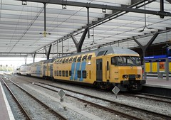 NS DD-AR 7377 te Rotterdam CS (erwin66101) Tags: station rotterdam ar ns cs dd centrum vlissingen lelystad intercity centraal roosendaal rotterdamcentraal ddar locomotief rotterdamcs ddarstam nsddz