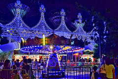 Swing Chairs (chooyutshing) Tags: singapore attractions marinabay baysouth gardensbythebay christmaswonderland swingchairs supertreegrove christmasfestival2015
