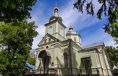 Храм преподобного Серафима Саровского в Пуща-Водице