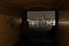 Alsterwasser (StellaMarisHH) Tags: photoshop canon deutschland europa nacht hamburg tunnel mann alster dunkel jungfernstieg sigma18200 60d photoscape canoneos60d eos60d