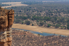 The Runde River and Gonarezhou in the dry season (Hector16) Tags: africa ngc safari zimbabwe zw 2015 masvingo gonarezhou chilojo runderiver chilojocliffs chilogorgelodge
