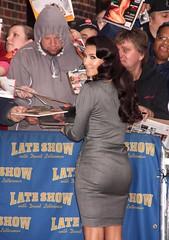 Kim Kardashian (martinmoya761) Tags: newyorkcity usa ny newyork hat fulllength actress actor lateshowwithdavidletterman larrydavid oliviawilde woodyharrelson kimkardashian