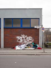 Etwas Blau. / 16.02.2016 (ben.kaden) Tags: berlin blau charlottenburg 2016 hertzallee 16022016