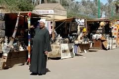 101 Ook hier - natuurlijk - handel. (rspeur) Tags: memphis egypt cairo