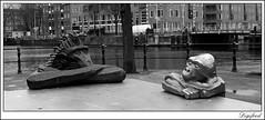 Monkeys table. (Digifred. Thx for > 3 000 000 views.) Tags: street city blackandwhite holland netherlands amsterdam table blackwhite iamsterdam nederland streetphotography canals monkeys grachten aap straat zoutkeetsplein apen 2015 digifred