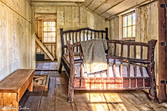 Sutter Cabin Bed (stephencurtin) Tags: california wood bedroom cabin historic era goldrush coloma sutters thechallengefactory
