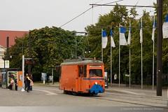 RSAG 555 in Rostock, Neuer Markt DDA_8033 (foto_DM) Tags: tram lowa rostock strassenbahn neuermarkt atw schneepflug triebwagen motorwagen rsag arbeitswagen rostockerstrasenbahnag