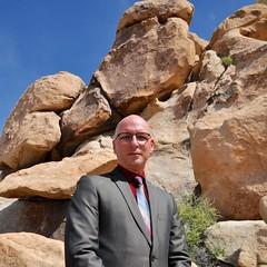 Suit - Bouldering Portrait #4 (Blue Rave) Tags: 2016 bloke dude guy male mate people joshuatree joshuatreenationalpark california park nature jtnp bouldering rockclimbing suit boulders jacket