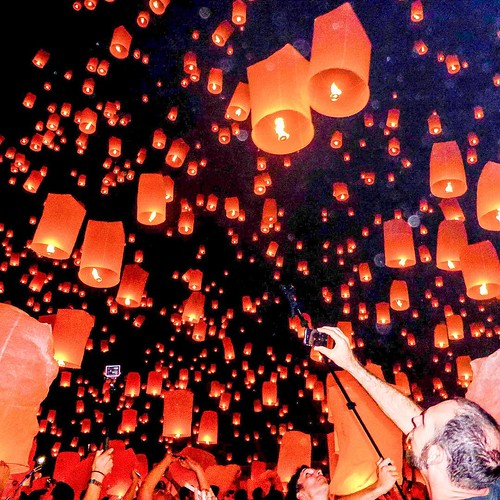 Lantern Festival, Chiang Mai, Thailand #urbanphotography #visualpoetry