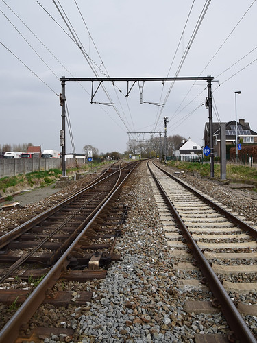 Railroad crossing, Burst