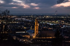 Blick auf Heidelberg (bernd obervossbeck) Tags: city church streetlight nightshot kirche stadt heidelberg fluss altstadt oldtown neckar lichter nachtaufnahme rive strasenlampen fujixt1