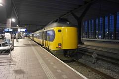 ICMm 4210 ([Publicer Transport] Ricardo Diepgrond) Tags: modern rotterdam ns intercity centraal koploper 4210 materieel icmm
