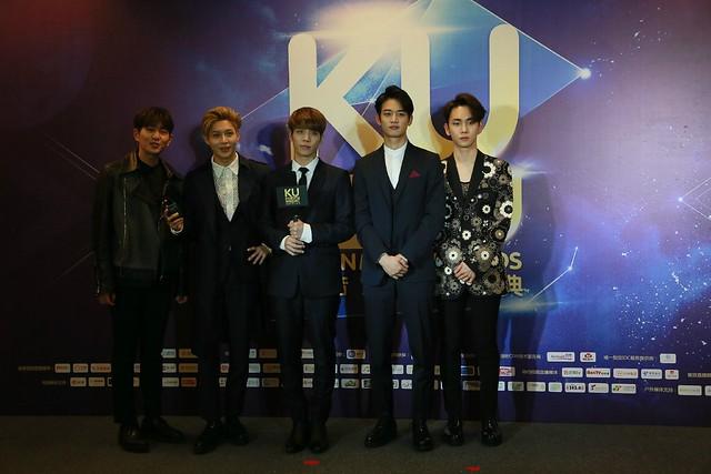160329 SHINee @ 2016 KU Asia Music Awards' 26167663086_9fc4b2e46a_z