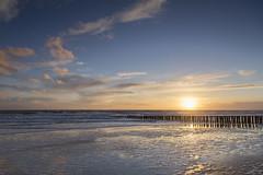 Sonnenuntergang ber der Nordsee (Jrgenshaus) Tags: strand day sonnenuntergang zeeland 100mm clear reversed sonne nordsee niederlande zoutelande nd09 verlaufsfilter 845mm canonef24105mm14lisusm