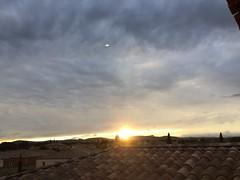 Couché de soleil sur les toits de Canet (karine_avec_1_k) Tags: sunset cloud sun soleil roofs nuage toits