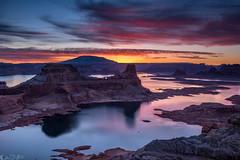 Eos Rhododactylos / Haashch'ééłti'í (Bill Bowman) Tags: reflection sunrise dawn lakepowell glencanyon gunsightbutte eosrhododactylos alstrompoint haashch'ééłti'í