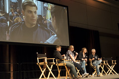 starshiptrooperspanel (Purple Cow Pictures) Tags: movie fun panel streetphotography makeup troopers nostalgia casper movies monsters fx starship starshiptroopers awesomeness diem jakebusey monsterpalooza caspervandiem dinamayer monsterpalooza2016
