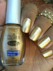 #DesafioChocolate:Meu rei / Colorama (ACRibeiro) Tags: dourado nailpolish 2016 metlico colorama brasileirices 5free desafiochocolate