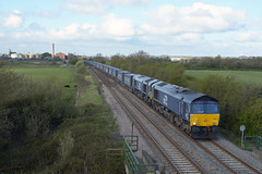 66427 66431 4S43 daventry to grangemouth passing claymills (I.Wright Photography over 2 million views thanks) Tags: passing grangemouth daventry claymills 66427 66431 4s43