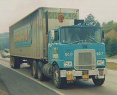 Navajo FL700L (PAcarhauler) Tags: tractor truck semi trailer mack coe cabover