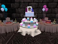 Queen Jah Babay Shower (Honor Winter Mohogany Di'Marzio) Tags: family friends cake secondlife royals lovesecondliferegionsnowdriftsecondlifeparcelqueenkingdimarzioroyaltybabyshowersecondlifex10secondlifey28secondlifez1081