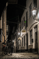 Why you stay (photogo.pl) Tags: street city light bike night town roermond limburg homestreet ilovebike roermondnight
