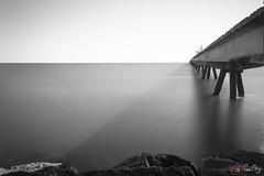 Pantaln puerto de Sagunto 2 (eSeKeNNy ) Tags: sea seascape landscape mar agua mediterranean mediterraneo playa monochromatic filter nd filtro monocromtico largaexposicin sagunt sagunto pantalan largaexposicion sobreexpuesta puertodesagunto filtrond filtrodensidadneutra bigstopper filtrodn