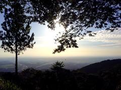 Villavicencio desde lejos.  Buena Vista. (Maira Holgun) Tags: sun landscape colombia meta buenavista villavicencio llanosorientales