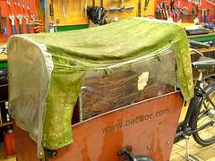 Fietsflora-2 (@WorkCycles) Tags: plant green dutch amsterdam moss flora outdoor mold canopy bakfiets bakfietsen workcycles boxbike babboe