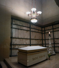 Saint Vibiana's casket ( Slices of Light   ) Tags: our panorama church saint lady canon eos catholic stitch cathedral roman tomb casket christian angels marble m3 crypt vibiana