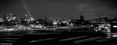 Ville en mouvement (alex.bernard) Tags: blackandwhite bw panorama canada night canon landscape downtown cityscape montréal noiretblanc québec paysage tamron nuit centreville urbanlandscape paysageurbain tamron2470 canon5diii