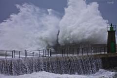 Invierno (lesxanes) Tags: winter sea espaa seascape mar spain waves asturias invierno olas temporal 1100d viavlez canoneos1100d