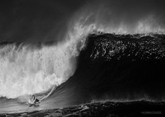 Mason vs Giant (McSnowHammer) Tags: ocean bw beach sports water ir mono hawaii big break action mason north wave surfing shore northshore infrared ho pipeline bigwave masonho