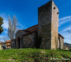 Iglesia Prerromanica de Santa Maria de Bendones, Oviedo, Asturias. Espaa. (RAYPORRES) Tags: espaa iglesia asturias oviedo marzo 2016 prerromanicoasturiano principadodeasturias santamariadebendones