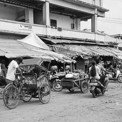 Lelah yang penuh dengan barokah~ #repost Photo by : @ugyvenegance #jumatberkah #jumuah #barokah #rezeki #rtc #pasarrau #serang #kotaserang #Banten #market #Indonesia. . . http://kotaserang.net/1BFtNAa (kotaserang) Tags: by indonesia photo market yang repost rtc dengan lelah serang banten penuh jumuah rezeki barokah kotaserang instagram ifttt httpkotaserangcom jumatberkah pasarrau ugyvenegance barokah~