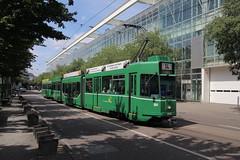 664 (KennyKanal) Tags: tram basel ag grn schindler waggon bvb pratteln basler verkehrsbetriebe schienenfahrzeug drmmli guggumere