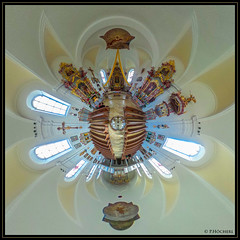 """Lam Kirche • <a style=""""font-size:0.8em;"""" href=""""http://www.flickr.com/photos/58574596@N06/26184102505/"""" target=""""_blank"""">View on Flickr</a>"""